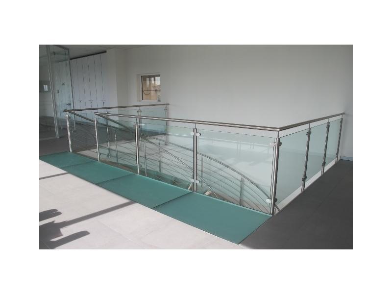 escalier balustrade inox design marches en verre  inoxdesign1