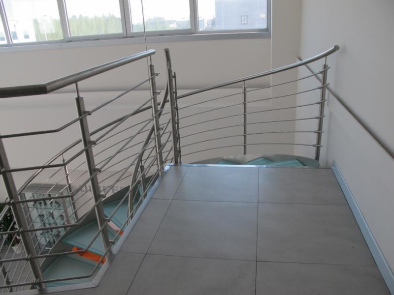 escalier inox design marches en verre  inoxdesign 10