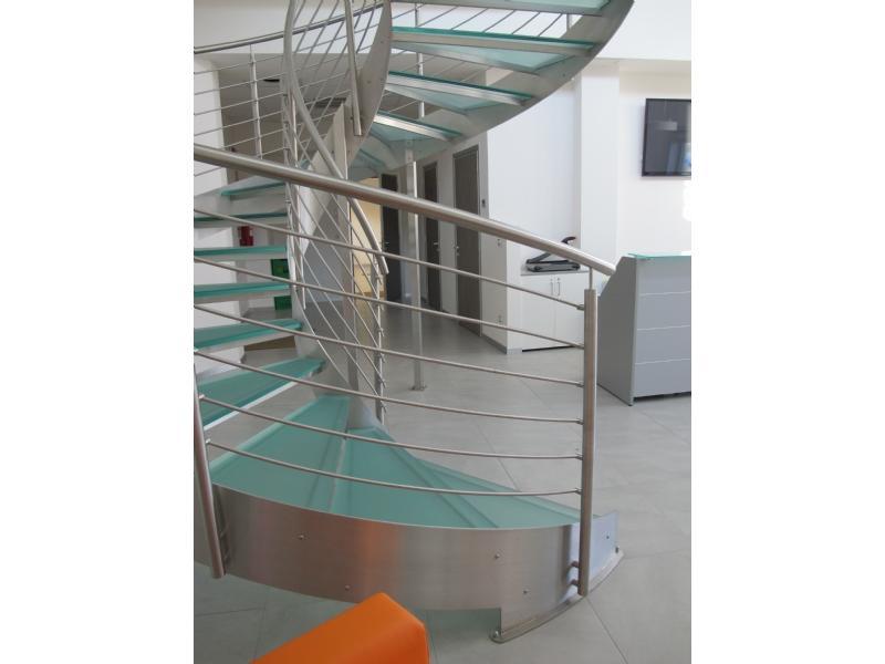 escalier inox design marches en verre  inoxdesign 2