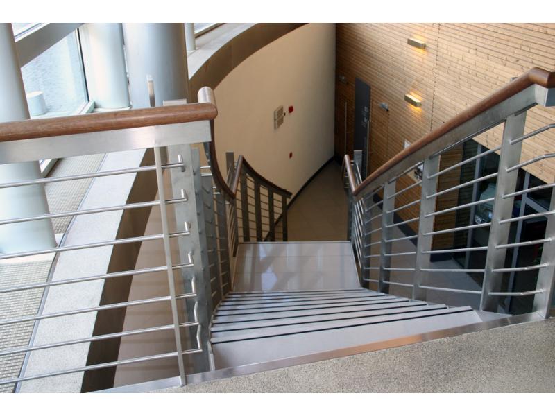 escalier inoxdesign img 1198 1