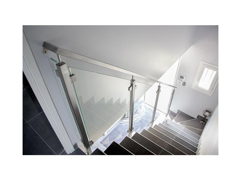 garde corps rampe escalier verre design