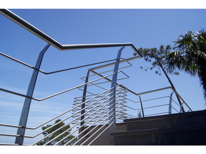 garde corps ext rieur design et escalier inox design 7   inoxdesign