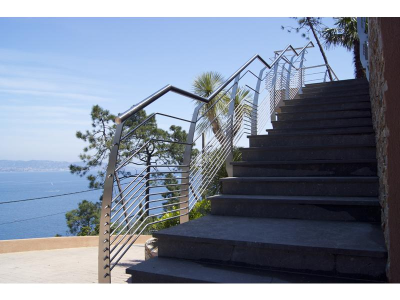 garde corps ext rieur design et escalier inox design 8   inoxdesign
