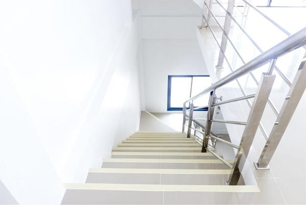Rambarde d'escalier en inox
