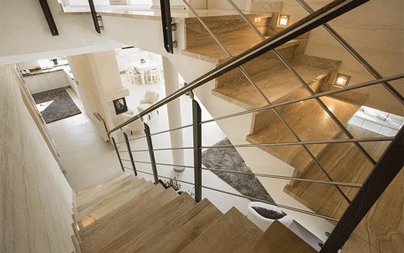 rampe cage d'escalier