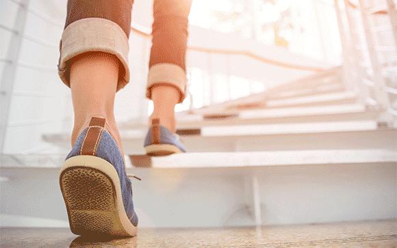 marche escalier emmarchement