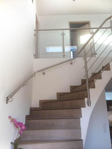 main courante inox d'escalier