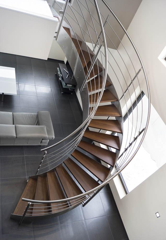 hauteur de rampe escalier